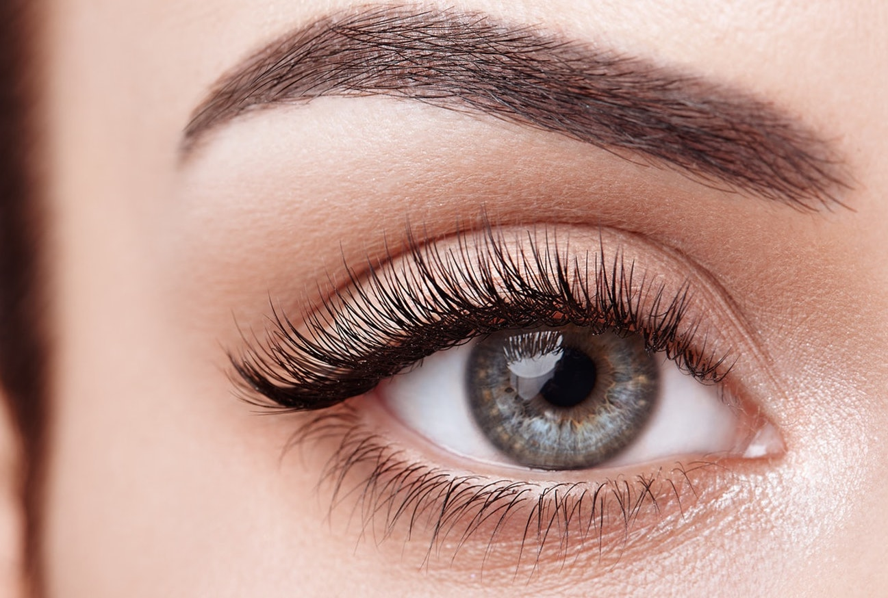 eyelash-growth-treatment-latisse-earls-court-london